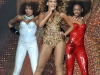 beyonce-performs-at-the-o2-arena-in-dublin-02