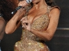 beyonce-performs-at-the-o2-arena-in-dublin-04