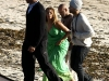 beyonce-knowles-candids-on-the-set-of-music-video-in-malibu-05