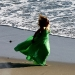 beyonce-knowles-candids-on-the-set-of-music-video-in-malibu-08