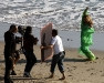 beyonce-knowles-candids-on-the-set-of-music-video-in-malibu-10