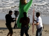beyonce-knowles-candids-on-the-set-of-music-video-in-malibu-12