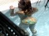 beyonce-knowles-in-bikini-in-a-pool-at-a-miami-beach-hotel-02