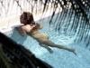 beyonce-knowles-in-bikini-in-a-pool-at-a-miami-beach-hotel-03