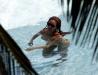beyonce-knowles-in-bikini-in-a-pool-at-a-miami-beach-hotel-06