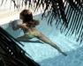 beyonce-knowles-in-bikini-in-a-pool-at-a-miami-beach-hotel-07