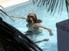 beyonce-knowles-in-bikini-in-a-pool-at-a-miami-beach-hotel-08
