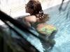 beyonce-knowles-in-bikini-in-a-pool-at-a-miami-beach-hotel-09