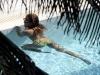 beyonce-knowles-in-bikini-in-a-pool-at-a-miami-beach-hotel-10