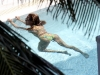 beyonce-knowles-in-bikini-in-a-pool-at-a-miami-beach-hotel-11