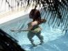 beyonce-knowles-in-bikini-in-a-pool-at-a-miami-beach-hotel-15