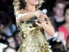 beyonce-knowles-performs-live-in-concert-at-the-arco-arena-17