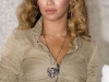 beyonce-knowles-show-your-helping-hand-hunger-relief-initiatvie-10