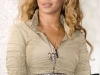 beyonce-knowles-show-your-helping-hand-hunger-relief-initiatvie-16