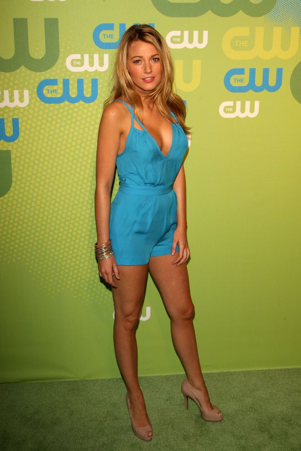 blake-lively-2009-the-cw-network-upfront-in-new-york-05