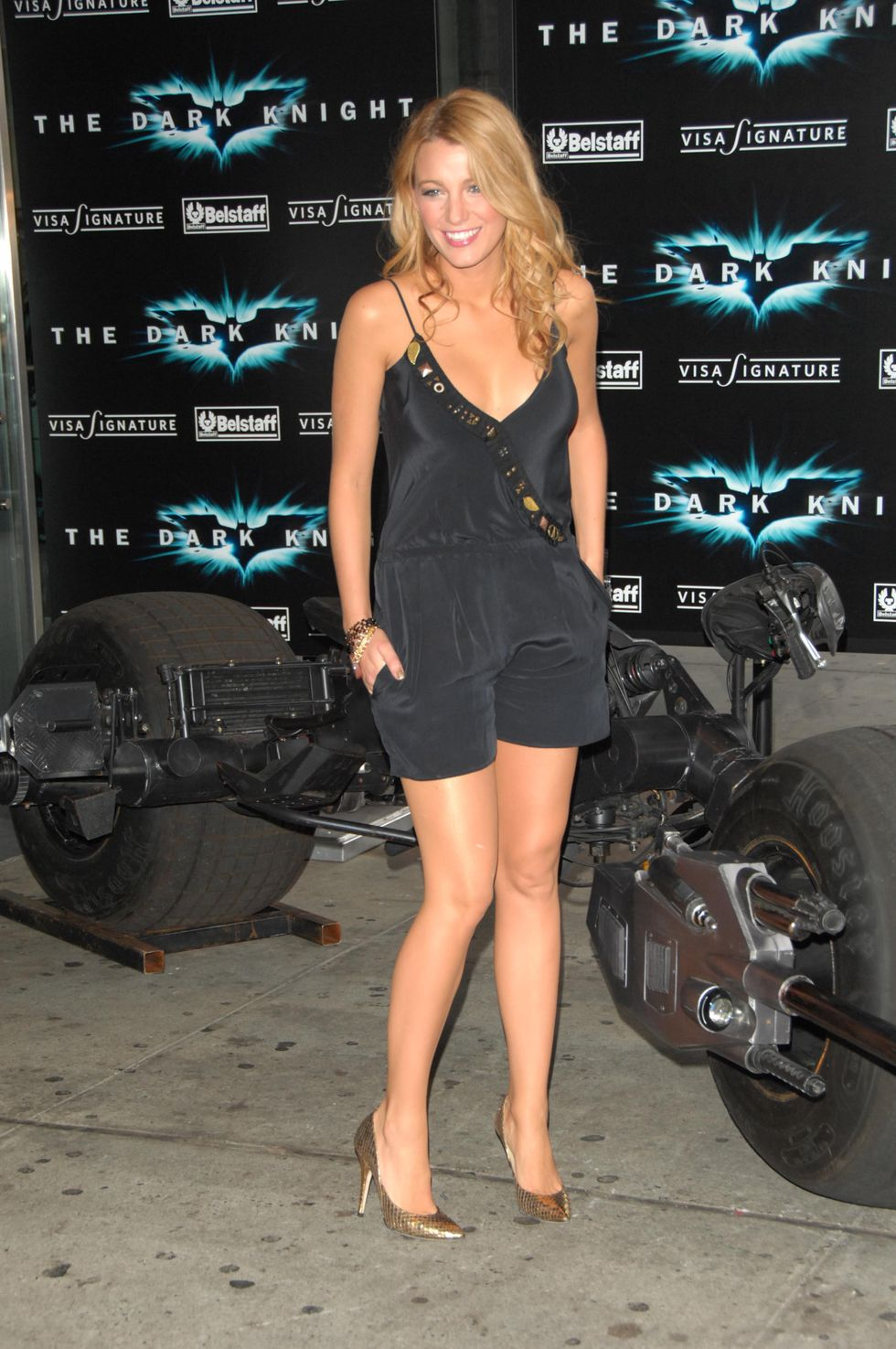 blake-lively-and-lauren-conrad-the-dark-knight-premiere-in-new-york-01