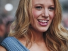 blake-lively-arrives-at-the-late-show-with-david-letterman-in-new-york-city-01