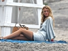 blake-lively-filming-gossip-girl-on-the-beach-in-new-york-03