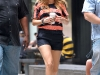 blake-lively-leggy-candids-on-the-gossip-girl-set-in-new-york-02