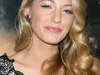 blake-lively-shows-cleavage-at-where-the-wild-things-are-premiere-16