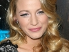 blake-lively-shows-cleavage-at-where-the-wild-things-are-premiere-17