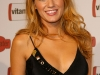 blake-lively-vitaminwater-celebrates-in-style-with-the-best-of-baseball-and-music-02