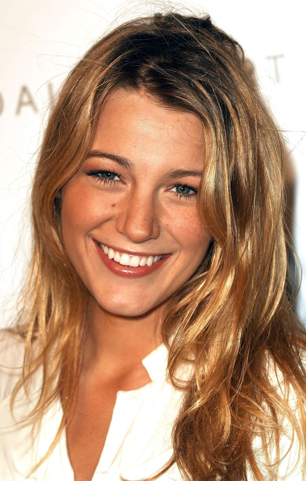blake-lively-w-hotel-grand-opening-in-fort-lauderdale-01