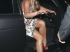 britney-spears-at-dominicks-restaurant-in-hollywood-03