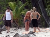 britney-spears-bikini-candids-at-a-beach-in-costa-rica-07