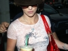 britney-spears-candids-at-starbucks-in-los-angeles-07