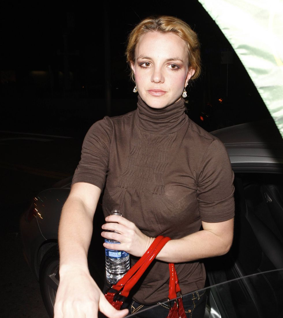 britney-spears-candids-in-los-angeles-2-01