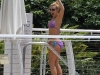 britney-spears-in-bikini-by-the-pool-in-miami-11