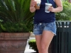 britney-spears-leggy-candids-at-starbucks-in-los-angeles-01