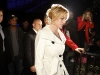 britney-spears-light-of-the-angels-holiday-tree-lighting-ceremony-in-los-angeles-06