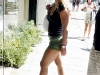 britney-spears-shopping-on-robertson-blvd-in-hollywood-05