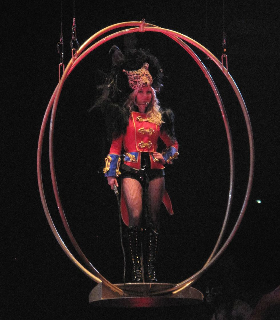 britney-spears-the-circus-starring-britney-spears-tour-opening-night-in-new-orleans-01