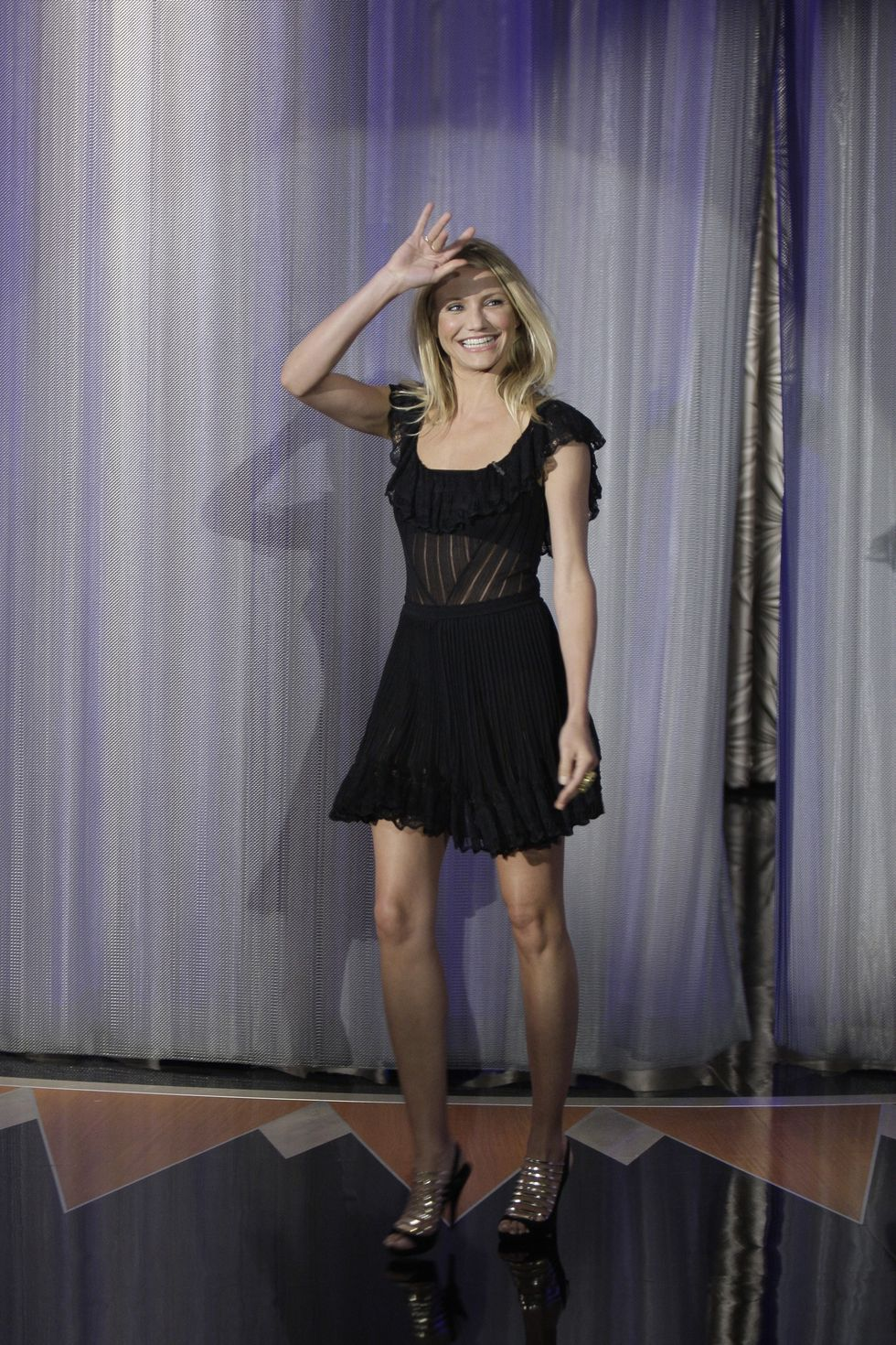 cameron-diaz-at-tonight-show-with-conan-obrien-in-los-angeles-01