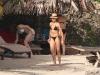 cameron-diaz-bikini-candids-in-caribbean-10