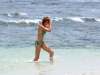 cameron-diaz-bikini-candids-in-hawaii-02