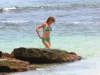cameron-diaz-bikini-candids-in-hawaii-04