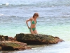 cameron-diaz-bikini-candids-in-hawaii-13
