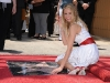 cameron-diaz-honored-on-the-hollywood-walk-of-fame-03