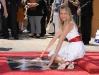 cameron-diaz-honored-on-the-hollywood-walk-of-fame-09