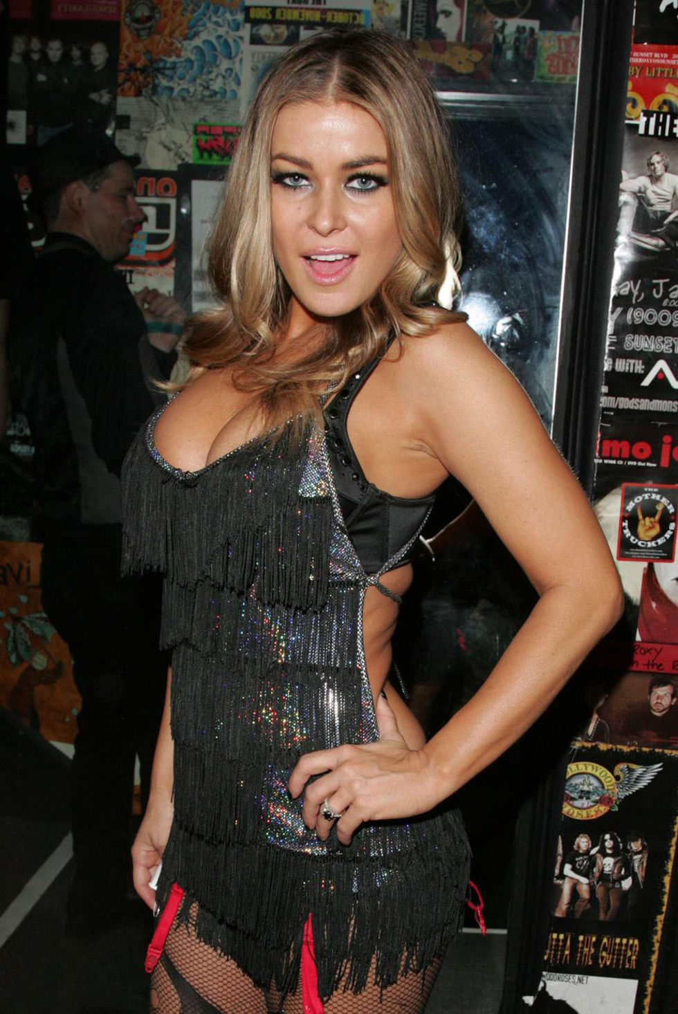 carmen-electra-hosts-the-chelsea-girls-concert-at-the-roxy-01