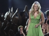 carrie-underwood-35th-peoples-choice-awards-in-los-angeles-10