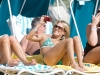 carrie-underwood-bikini-candids-at-the-beach-in-bahamas-06