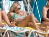 carrie-underwood-bikini-candids-at-the-beach-in-bahamas-18