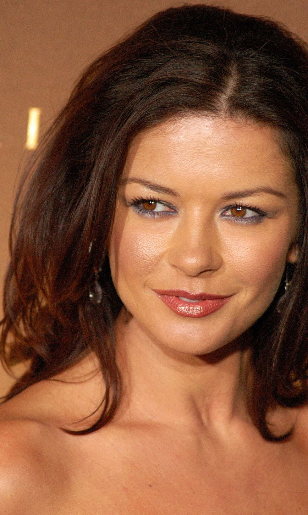 catherine-zeta-jones-national-board-of-motion-pictures-awards-09