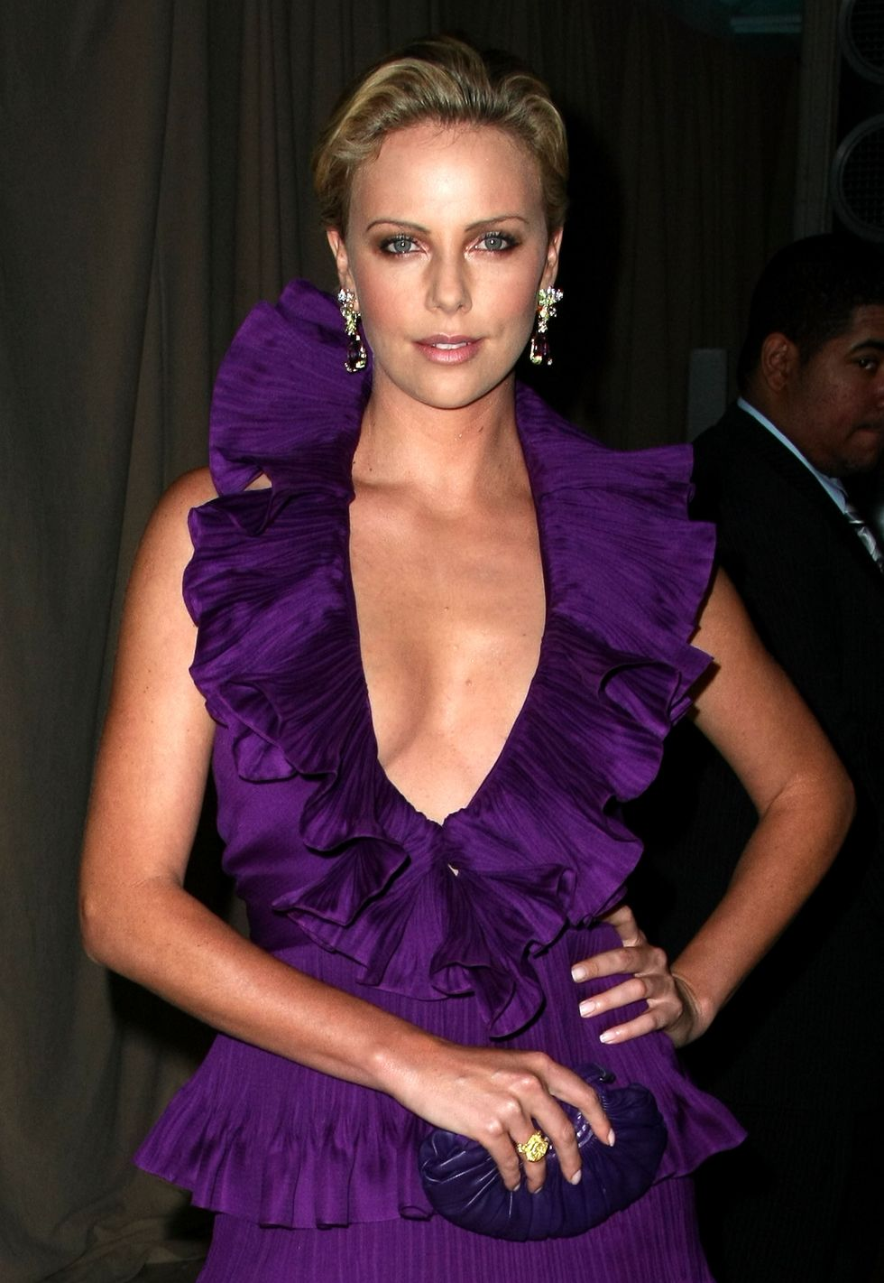 charlize-theron-christian-dior-cruise-2009-collection-01