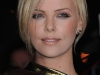 charlize-theron-the-burning-plain-premiere-in-paris-11